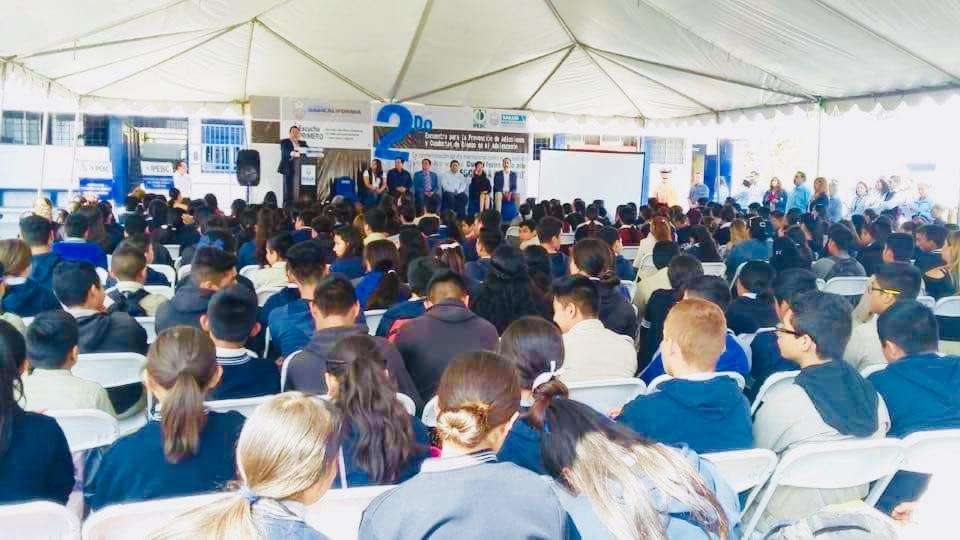Ningún joven se queda sin estudiar en BC por falta de recursos económicos: Kiko Vega —Plural.mx